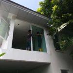 ต่อเติมห้องกระจก ต่อเติมระเบียงหน้าบ้าน ทาสีภายนอก 17