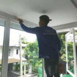 ต่อเติมห้องกระจก ต่อเติมระเบียงหน้าบ้าน ทาสีภายนอก 23
