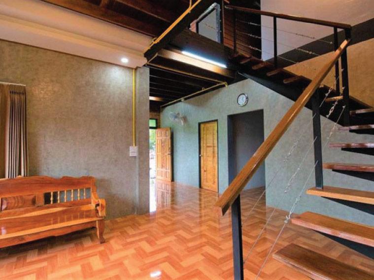 รีโนเวทบ้านไม้เป็นบ้านสไตล์ลอฟต์ ในงบล้านกว่า 3