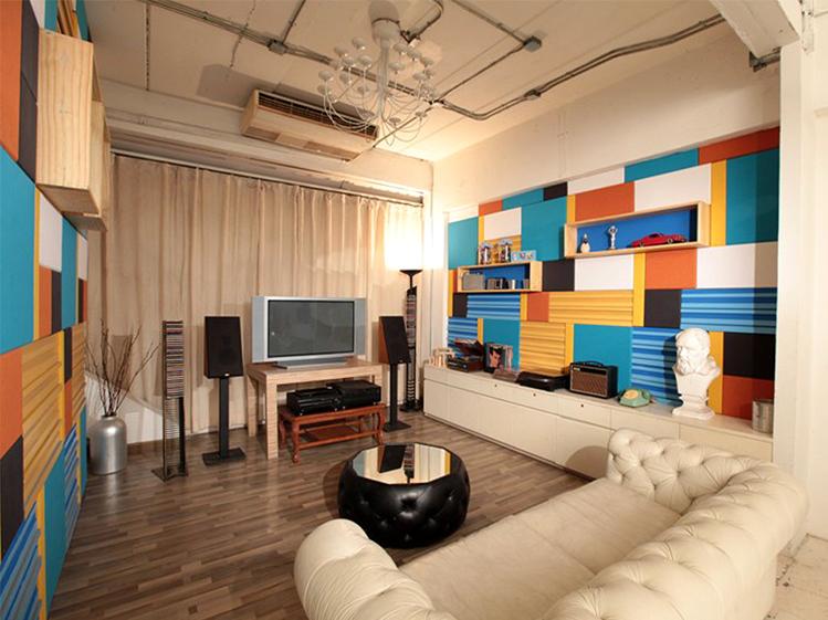 รีโนเวทห้องนั่งเล่นให้มีสีสันและได้ฟังก์ชั่นแบบโฮมเธียเตอร์ 5