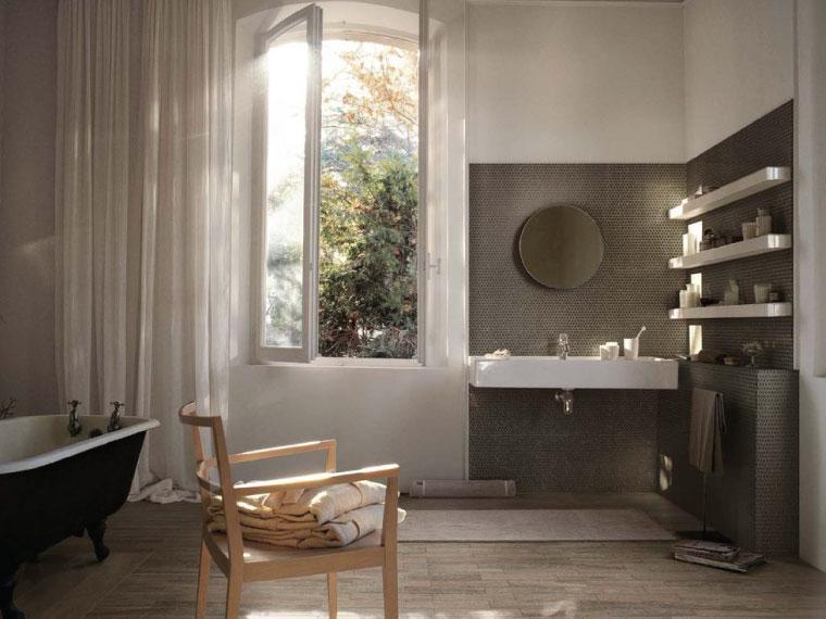 ภาพ: แต่งห้องน้ำสไตล์อบอุ่น เป็นธรรมชาติด้วยพื้นกระเบื้องลายไม้โทนอ่อน