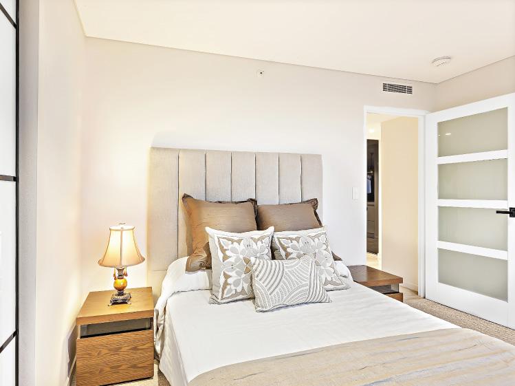 ห้องนอนที่ปลอดภัยใช้งานสะดวกสำหรับผู้สูงอายุ 4