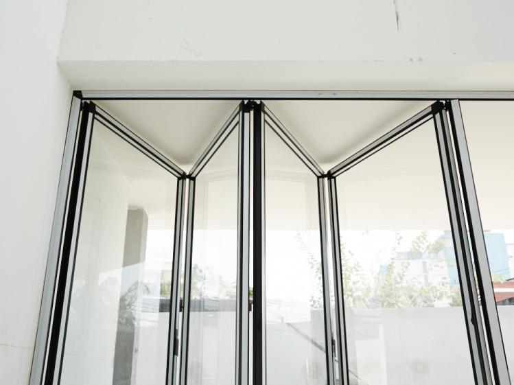 เลือกรูปแบบประตูหน้าต่างให้ตอบโจทย์ 5