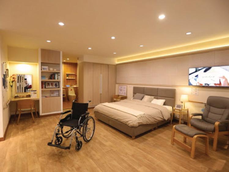 ห้องนอนที่ปลอดภัยใช้งานสะดวกสำหรับผู้สูงอายุ 9