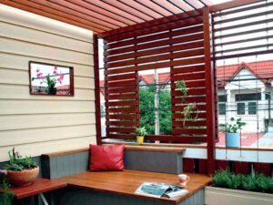 Read more about the article แต่งบ้านสวย…ด้วยระแนงไม้เทียมไฟเบอร์ซีเมนต์